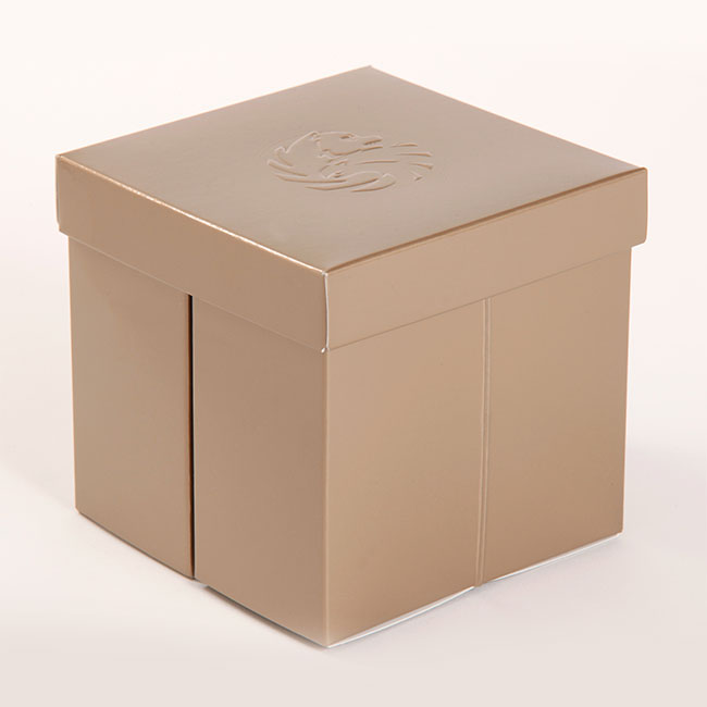 gold-box-packaging-01